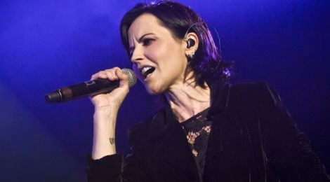 Lutto per Dolores O'Riordan dei Cranberries