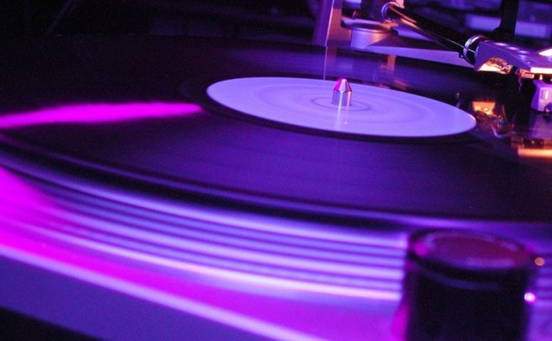 Technics-SL-1200-MKII-purple.jpg